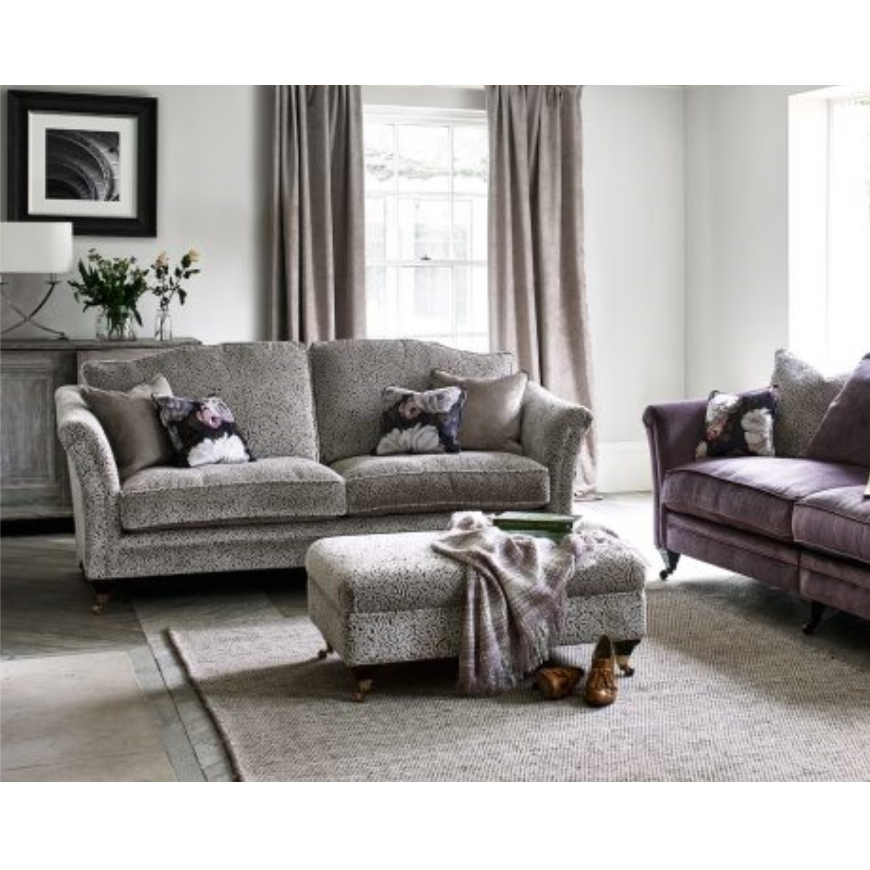Jules Sofa Collection