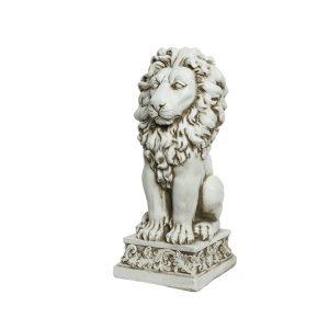 Lion Staue