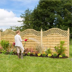 San_Remo_Omega_Fence_with_Trellis